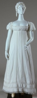新古典主義ファッション、エンパイア・スタイルドレスを実際に裏側まで検証したよ!